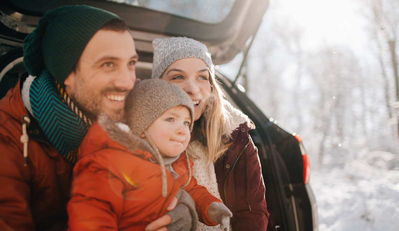Family-on-a-winter-road-trip-1